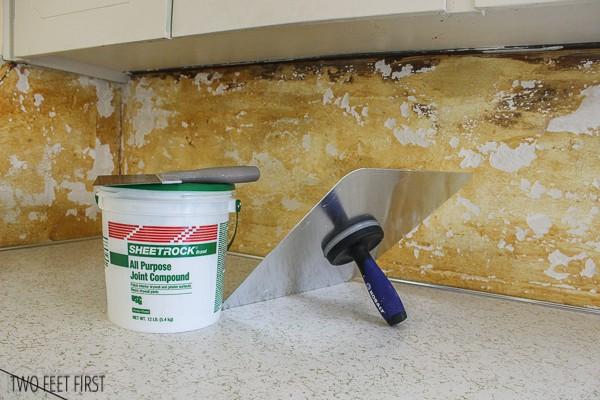 re-mud kitchen backsplash