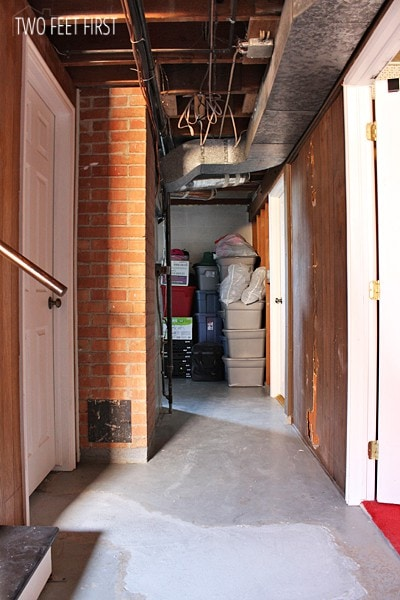 hall-looking-into-storage-r