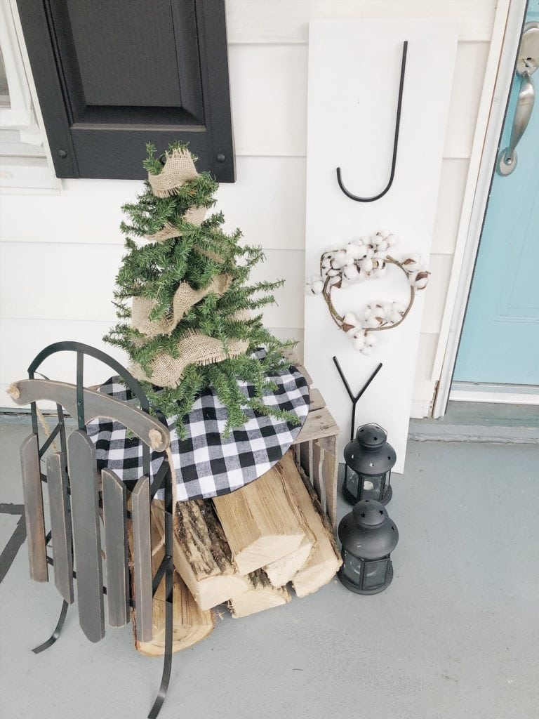 Outdoor Christmas Joy Sign | Deck the Home Spotlight