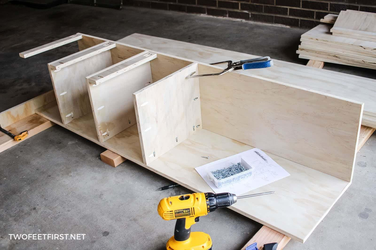 attaching shelves to plywood with pockets
