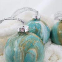 DIY Paint Pour Christmas Ornaments