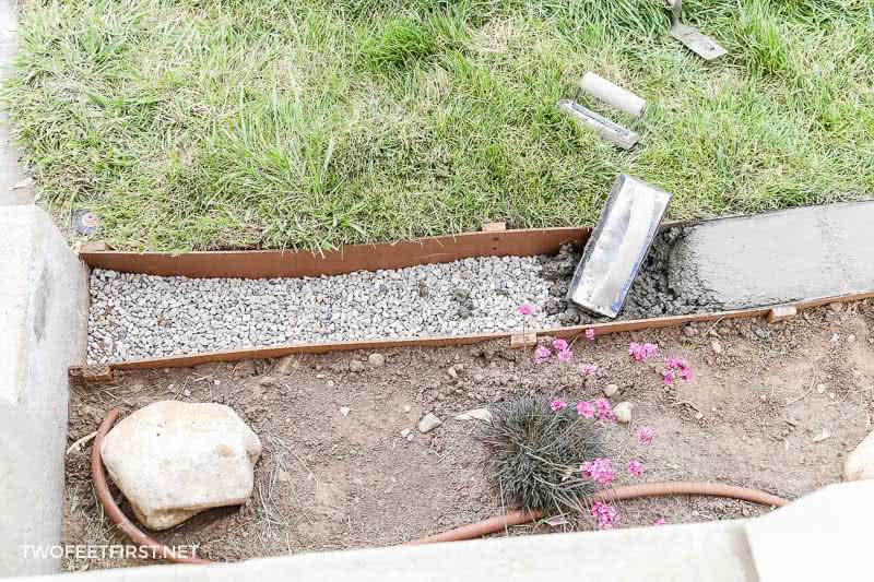 rounding edge of concrete border