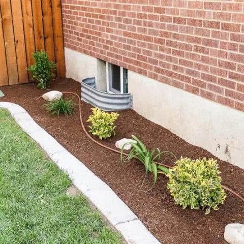 Install Concrete Landscape Edging Aka Concrete Border Twofeetfirst