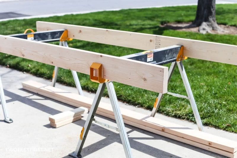 placing 2x6 on sawhorses