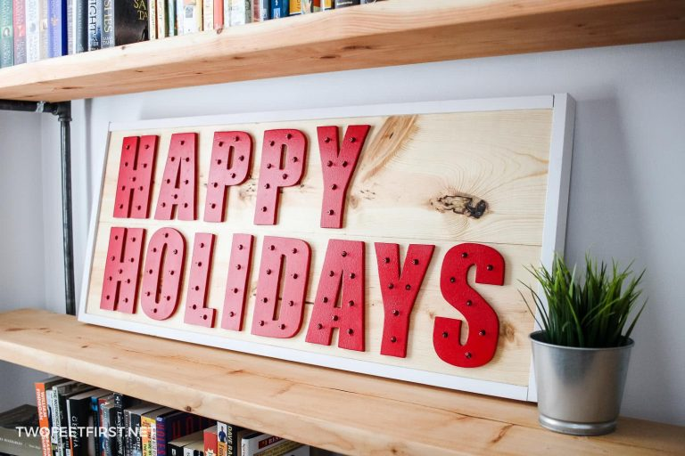 DIY Happy Holidays Wood Sign with Lights