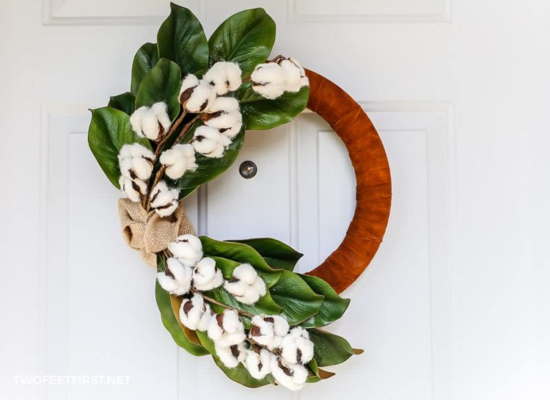 DIY winter wreath for home