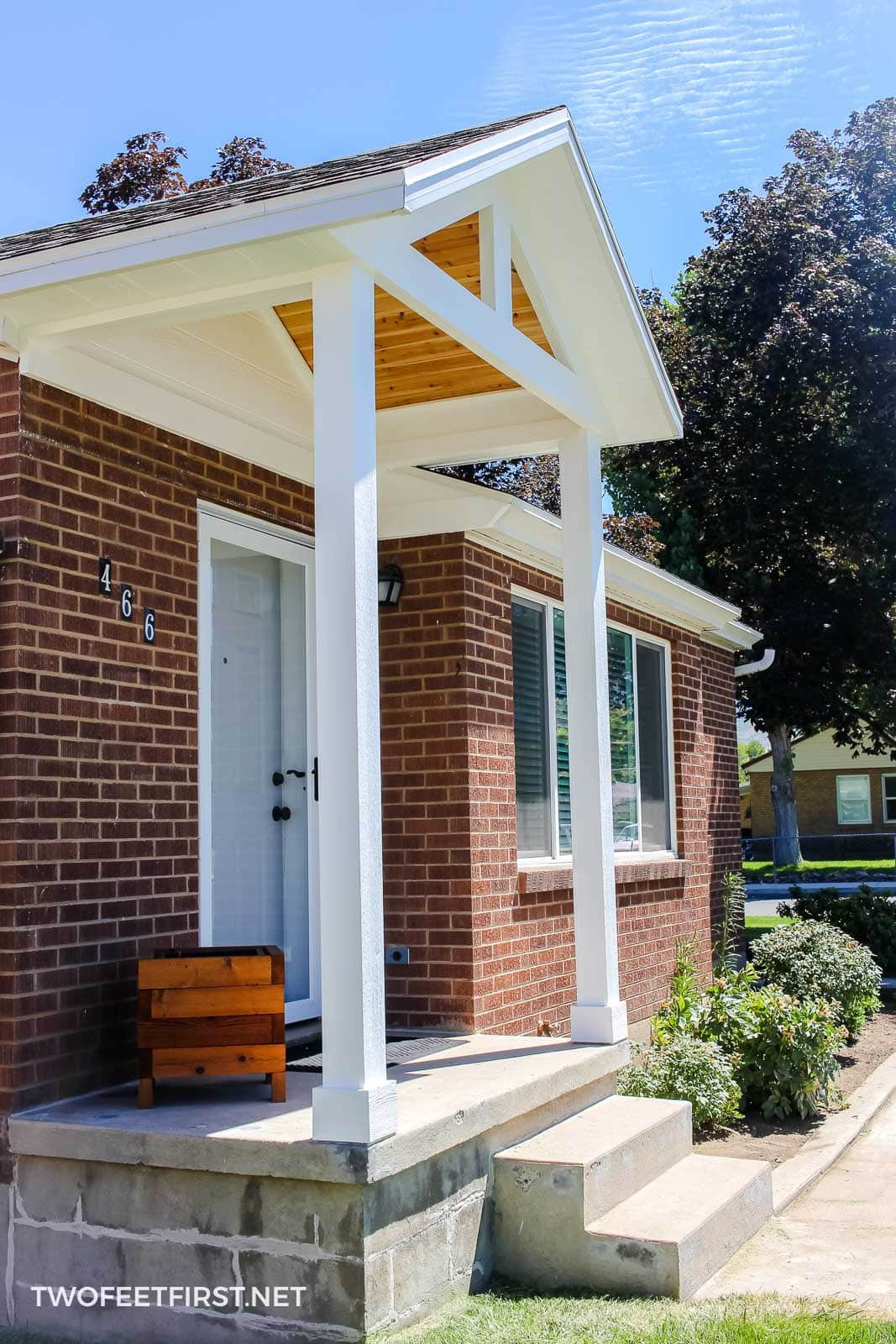 adding porch columns to house