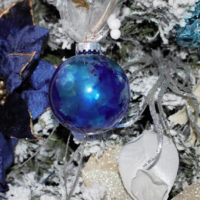 Beautiful Alcohol Ink Christmas Ornaments