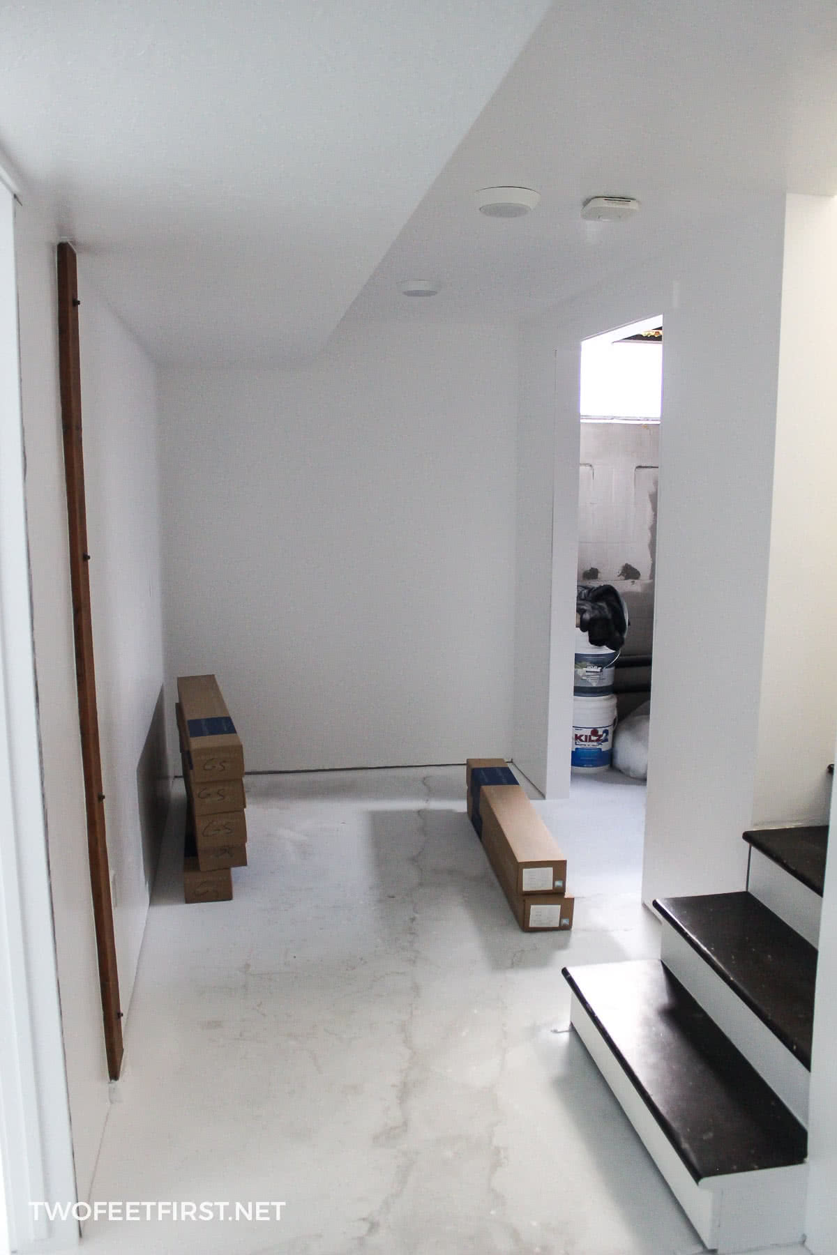 painted mudroom white