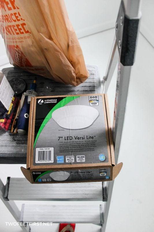 LED flush mount light fixture