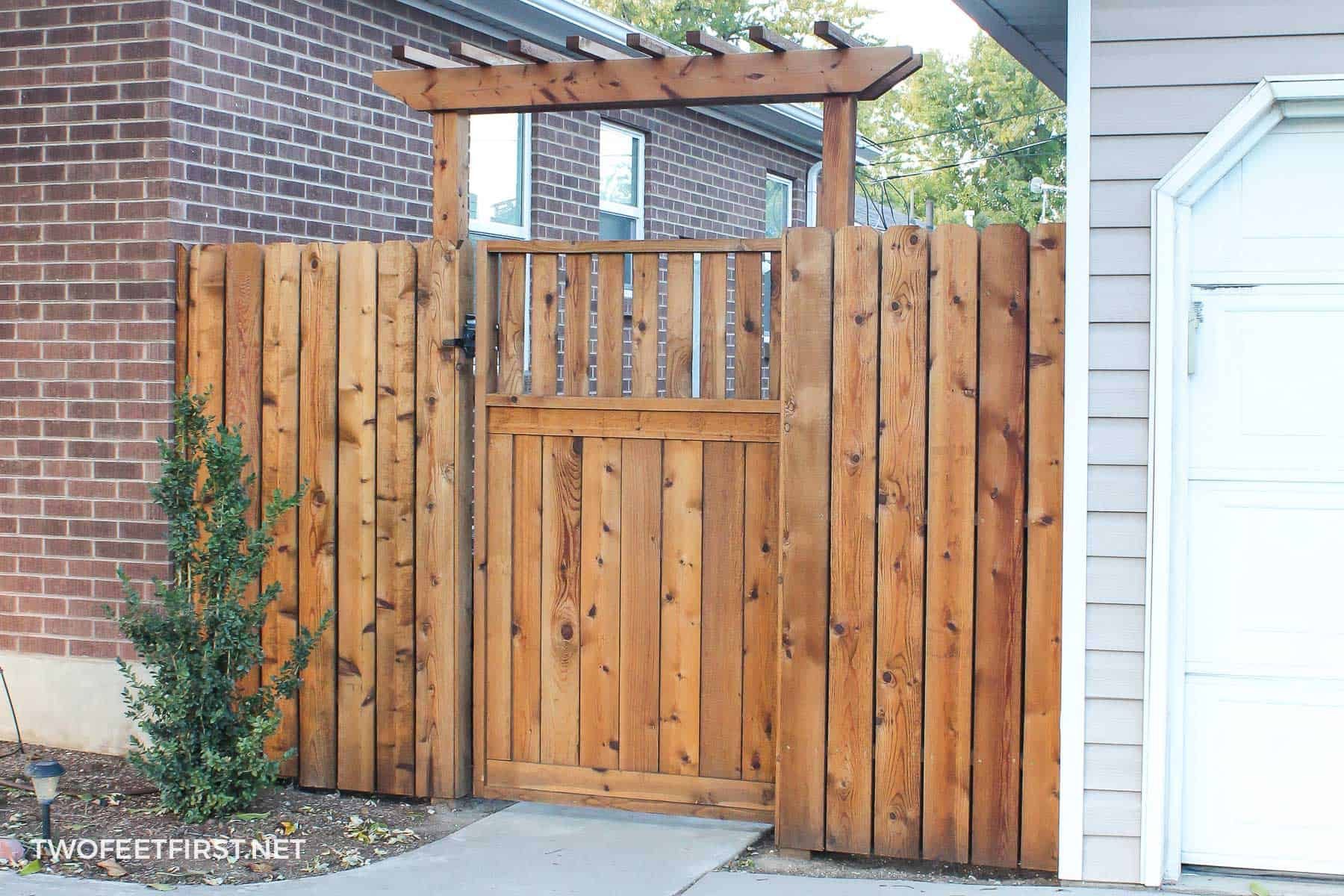 How To Build A Fence Pergola