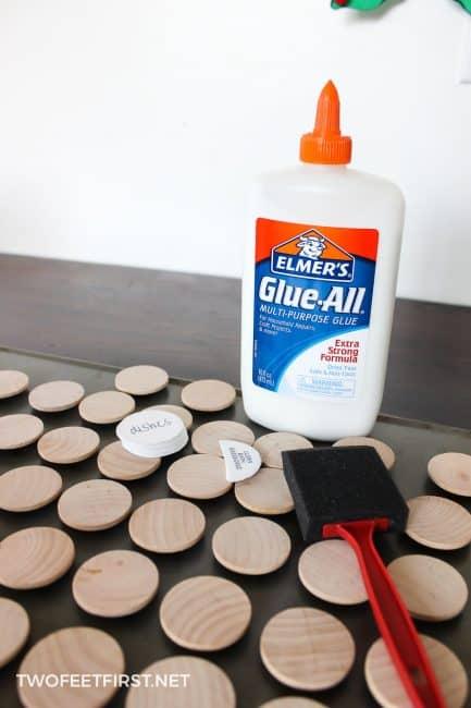 add glue to wood