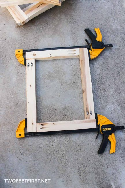 clamping wood frame