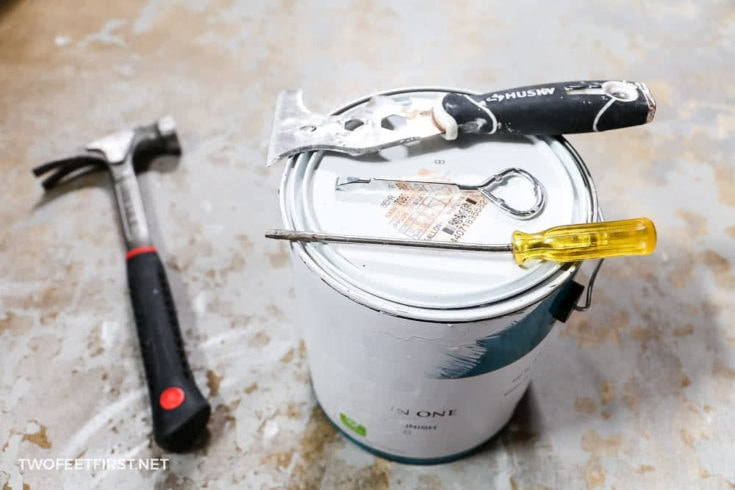 How to open a can of paint