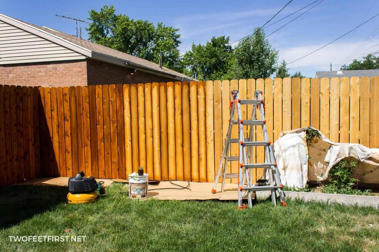 Staining A Fence (AKA: Waterproofing)