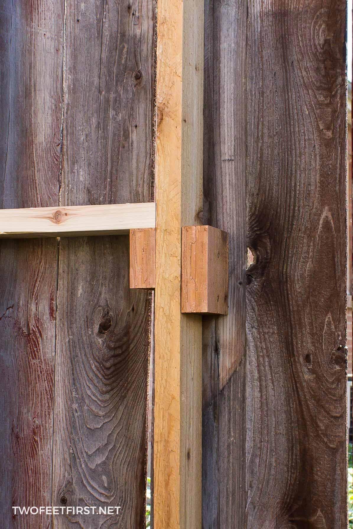 rebuilding a cedar fence
