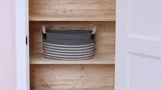 How to build closet shelving - DIY Customizable Closet