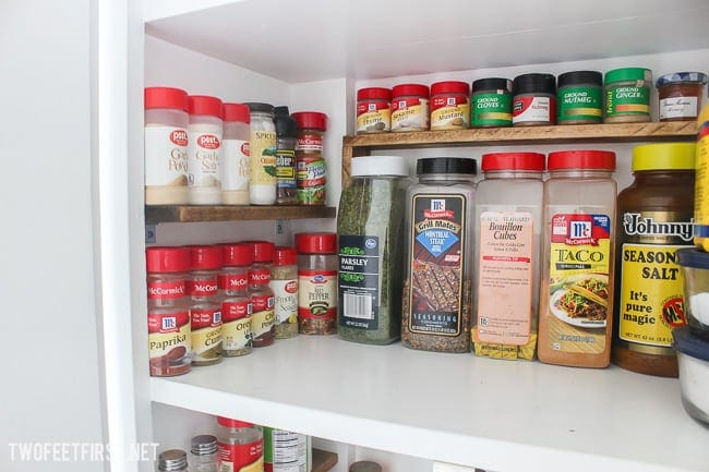 Simple way to organize spices