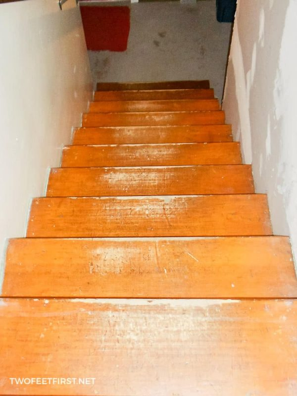 remodel stairs from carpet to wood
