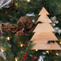 Scrap Wood Christmas Tree Ornaments