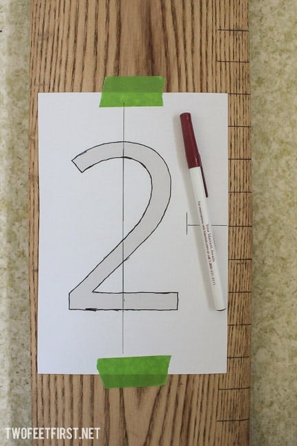 Create a Wooden Growth Chart without stencil